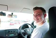 How to supervise a provisional driving licence holder