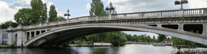 Reading Bridge over the River Thames